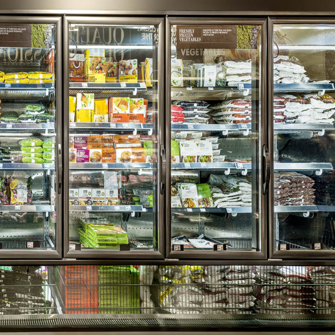 B3505 - Integrate Freezer